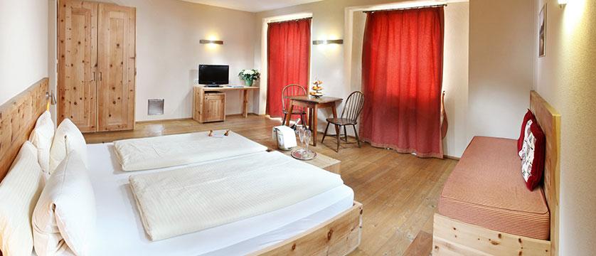 Hotel Tyrol & Alpenhof, Seefeld, Austria - twin bedroom.jpg